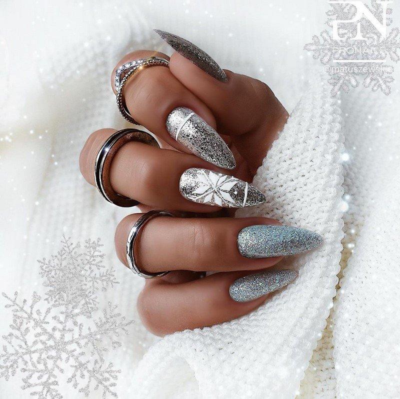 zimnij manikjur 2021 modnye i krasivye foto novinki